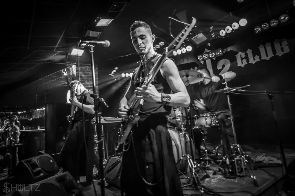 Фото педагог игры на гитаре Морозов И